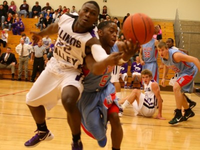 Eagles host doubleheader vs. South Suburban
