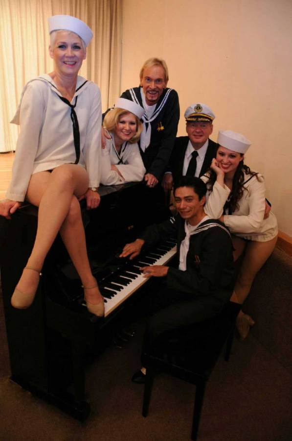 Theater students perform 'Dames at Sea'
