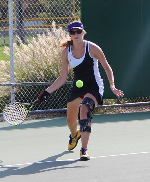 Women's tennis starts fast, builds momentum for Regional tourney