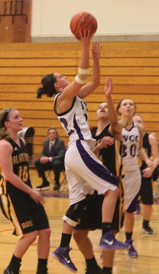 Mia Porter goes for the layup in the Lady Eagles game vs BlackHawk.