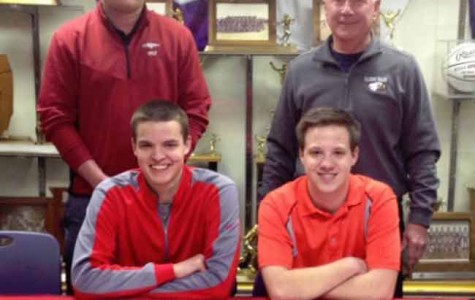 Top two Eagles golfers signed