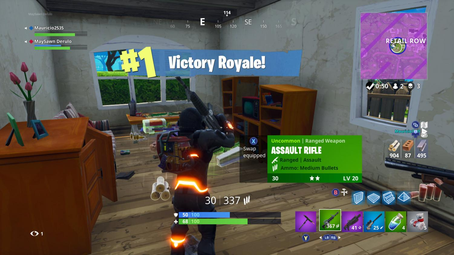 A screen capture shows a victory during a Fortnite battle.